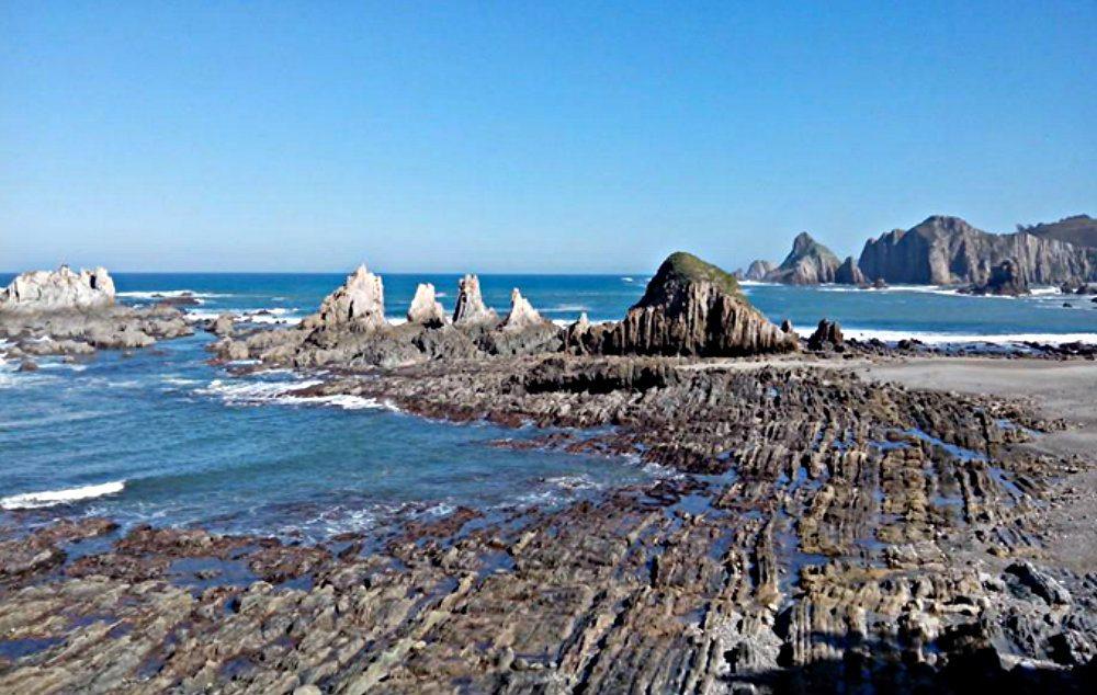 Playa de La Gueirúa / Gairúa… un inquietante paisaje | GUÍA ...