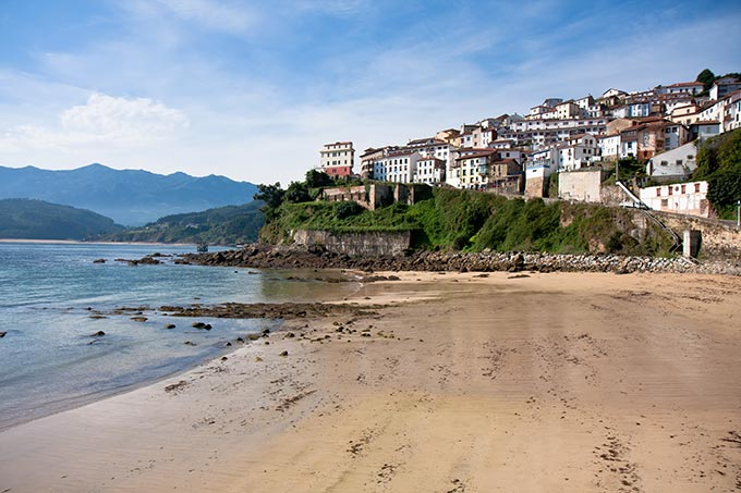 Lastres city in colunga municipality on the bay of biscay - Marisquerias en asturias ...