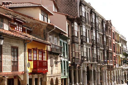262 calle san francisco gu a turismo asturias for Oficina turismo aviles