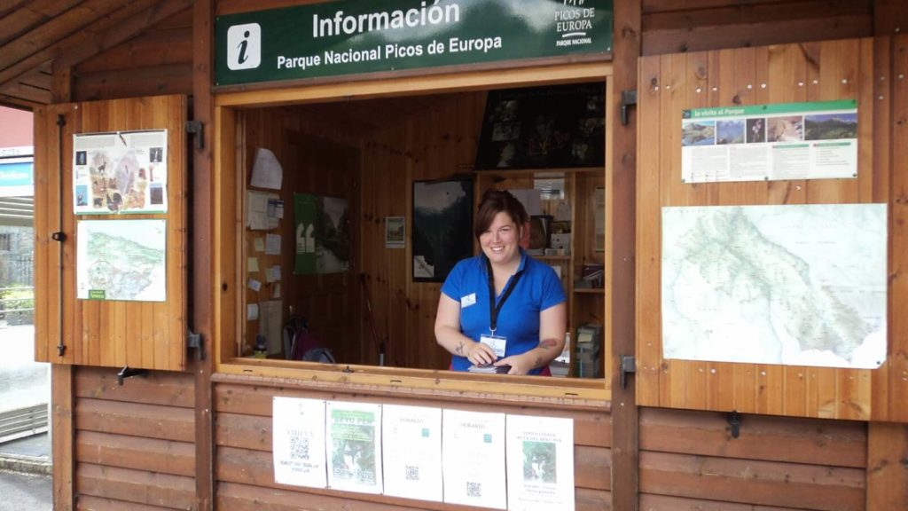 Oficina de turismo de amieva gu a turismo asturias for Oficina turismo asturias