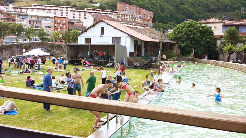 piscina fluvial cangas gu a turismo asturias